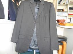 グッチのスーツ上着のお直し