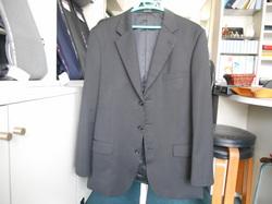 スーツ上着丈のお直し